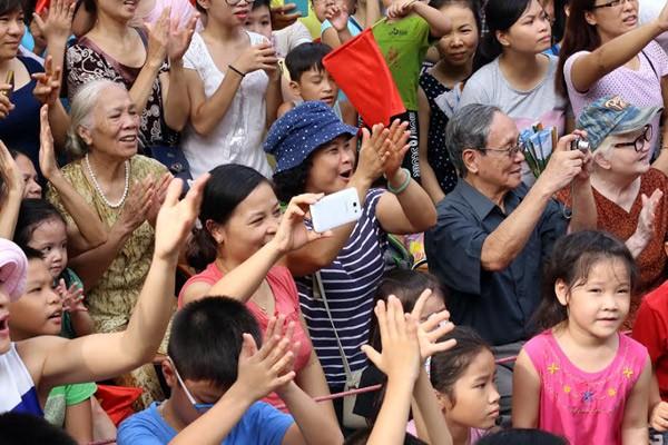 Lực lượng quân đội diễu binh qua lễ đài mừng Quốc khánh 2/9 ảnh 12