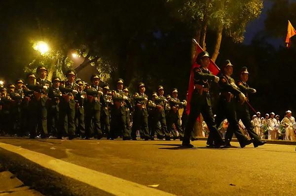 Lực lượng quân đội diễu binh qua lễ đài mừng Quốc khánh 2/9 ảnh 43