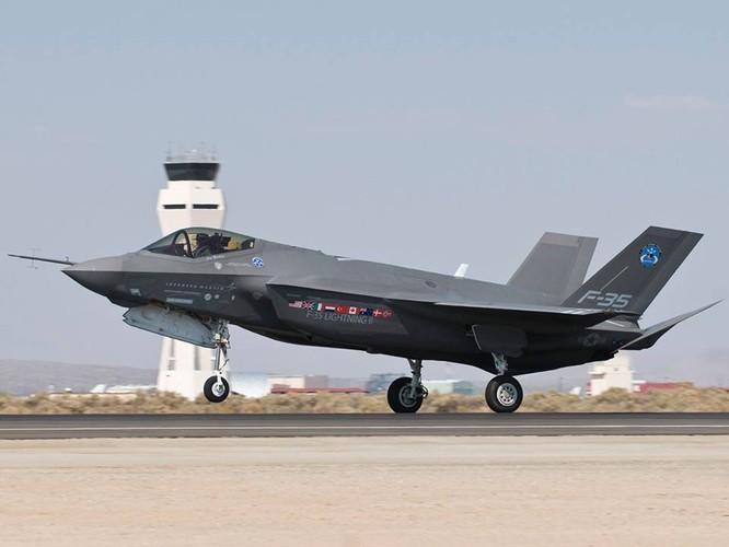 F-35 Lightning II luyện kỹ năng không chiến chống tiêm kích Nga ảnh 2