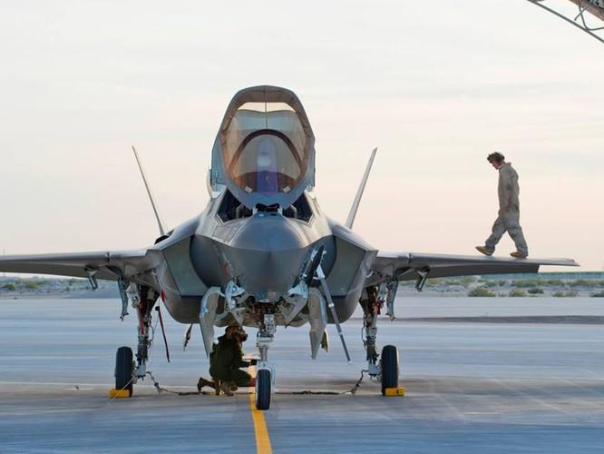 F-35 Lightning II luyện kỹ năng không chiến chống tiêm kích Nga ảnh 7