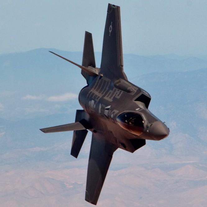 F-35 Lightning II luyện kỹ năng không chiến chống tiêm kích Nga ảnh 13