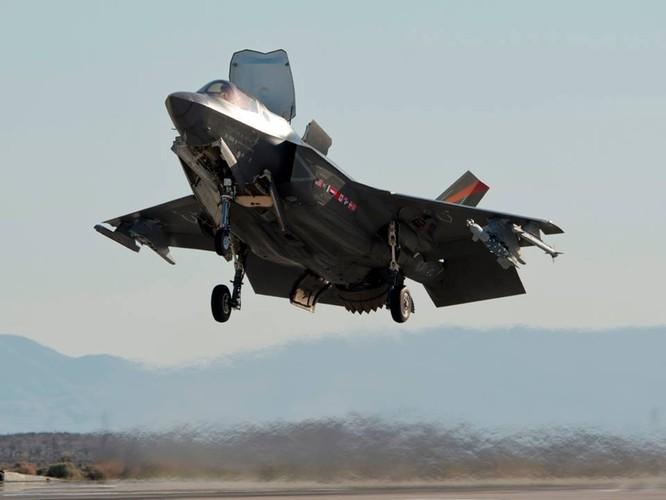 F-35 Lightning II luyện kỹ năng không chiến chống tiêm kích Nga ảnh 22