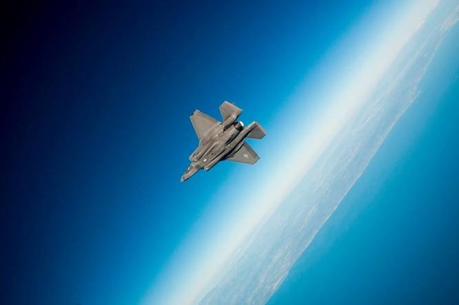 F-35 Lightning II luyện kỹ năng không chiến chống tiêm kích Nga ảnh 24