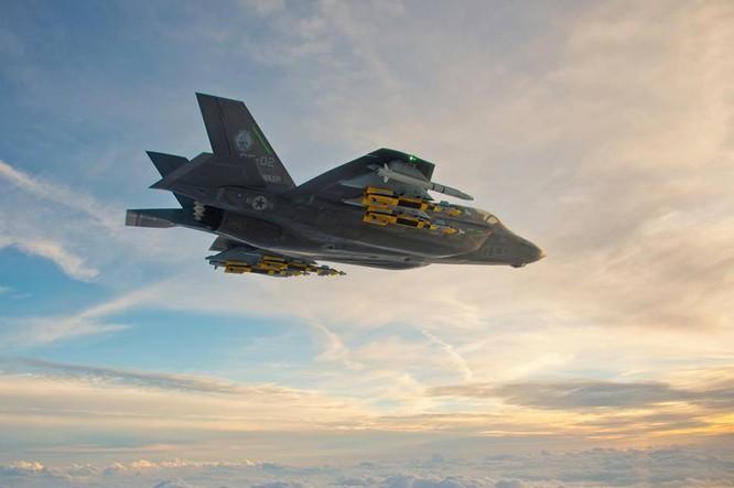 F-35 Lightning II luyện kỹ năng không chiến chống tiêm kích Nga ảnh 25