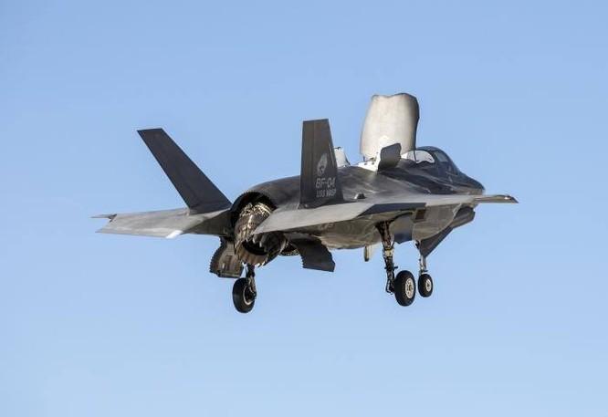 F-35 Lightning II luyện kỹ năng không chiến chống tiêm kích Nga ảnh 31