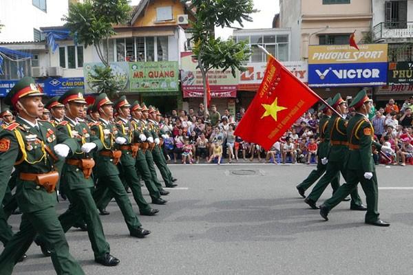 Lực lượng quân đội diễu binh qua lễ đài mừng Quốc khánh 2/9 ảnh 11