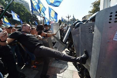 Huynh đệ tương tàn, Kiev đợi Maidan trở lại ảnh 1