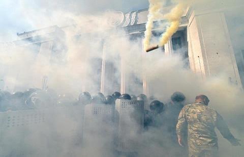 Huynh đệ tương tàn, Kiev đợi Maidan trở lại ảnh 2