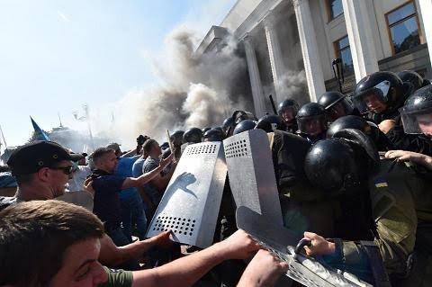 Huynh đệ tương tàn, Kiev đợi Maidan trở lại ảnh 3