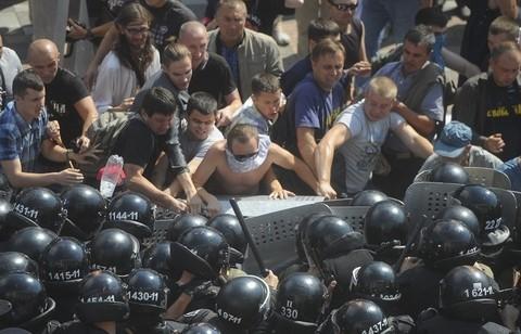 Huynh đệ tương tàn, Kiev đợi Maidan trở lại ảnh 7
