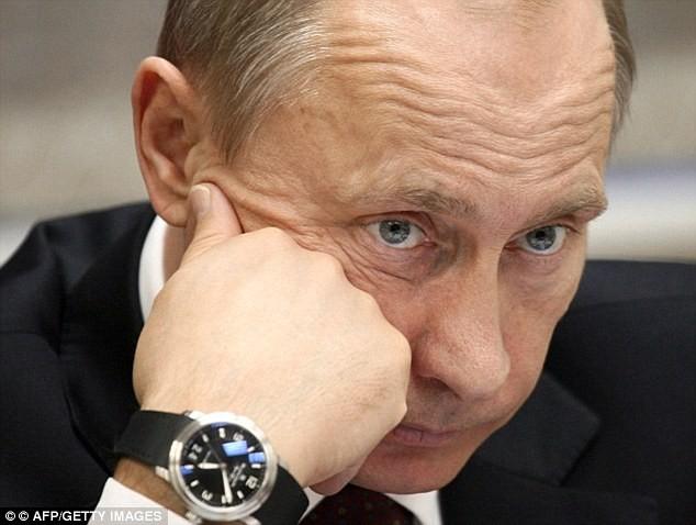 Tổng thống Putin xài hàng hiệu, sở hữu bộ sưu tập đồng hồ 500.000 USD ảnh 3