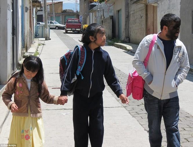 Kỳ dị gia đình Người Sói ở Mexico ảnh 5