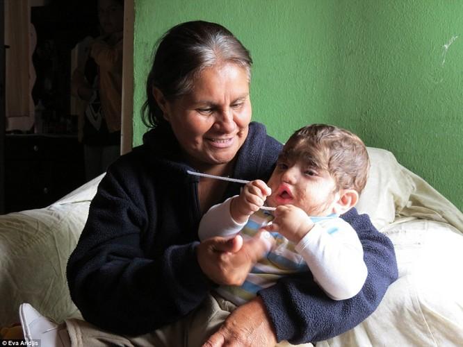 Kỳ dị gia đình Người Sói ở Mexico ảnh 18