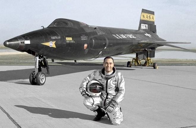 Phi cơ bay nhanh nhất lịch sử nhân loại ảnh 1