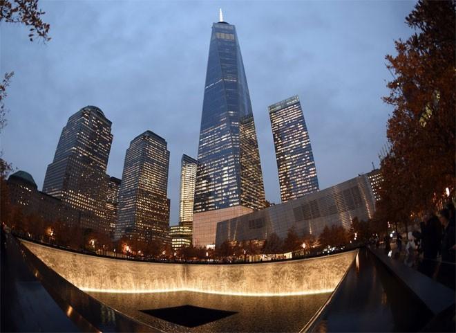 Những hình ảnh khiến người Mỹ không quên vụ 11/9 ảnh 20