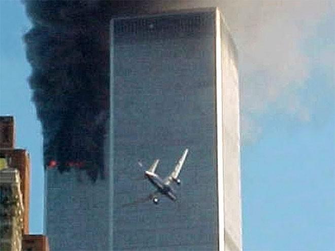 Những hình ảnh khiến người Mỹ không quên vụ 11/9 ảnh 1