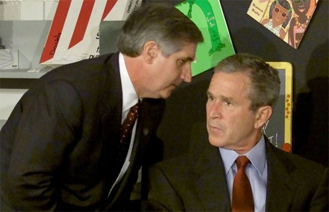 Những hình ảnh khiến người Mỹ không quên vụ 11/9 ảnh 2