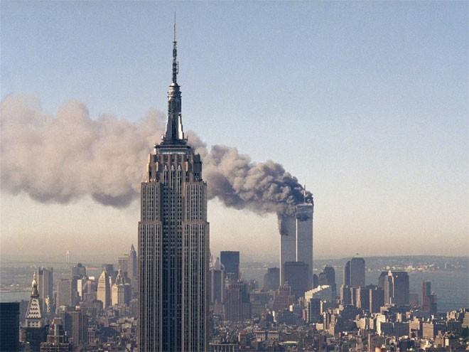 Những hình ảnh khiến người Mỹ không quên vụ 11/9 ảnh 5