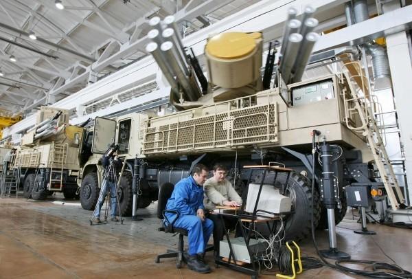 Xuất hiện tổ hợp Tên lửa - pháo phòng không Pantsir phiên bản mới đáng sợ hơn ảnh 4