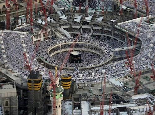 Sập cần cẩu tại Thánh địa Mecca làm 345 người thương vong ảnh 1
