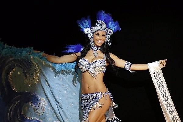 """Chiêm ngưỡng nhan sắc tuyệt vời của """"Hoa hậu Hoàn vũ"""" - cô gái của bộ lạc Indian ảnh 12"""