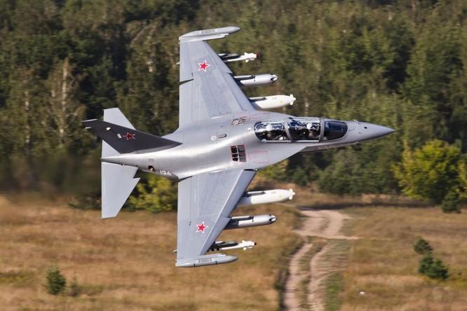 Yak-130, máy bay huấn luyện mà Việt Nam có thể mua ảnh 1