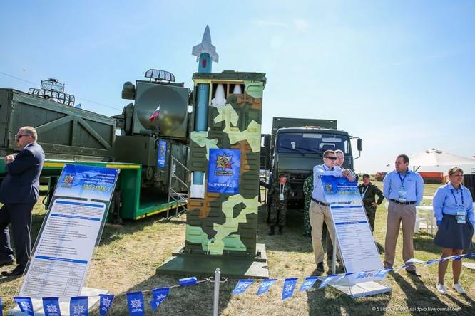 Choáng ngợp vũ khí phòng không khủng mới trình làng tại MAXS-2015 ảnh 8
