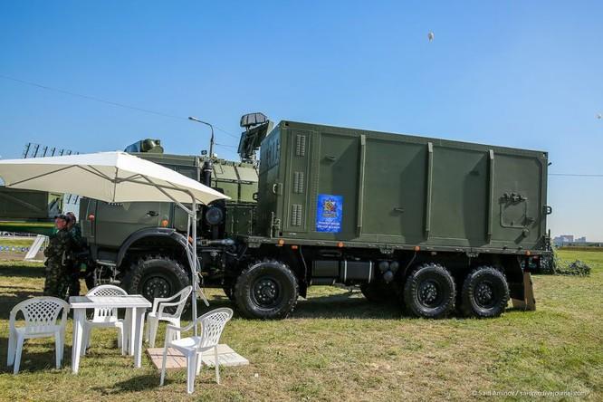 Choáng ngợp vũ khí phòng không khủng mới trình làng tại MAXS-2015 ảnh 13