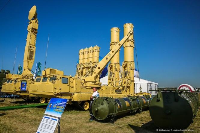 Choáng ngợp vũ khí phòng không khủng mới trình làng tại MAXS-2015 ảnh 18