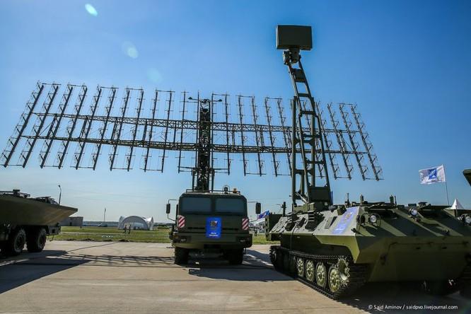 Choáng ngợp vũ khí phòng không khủng mới trình làng tại MAXS-2015 ảnh 24