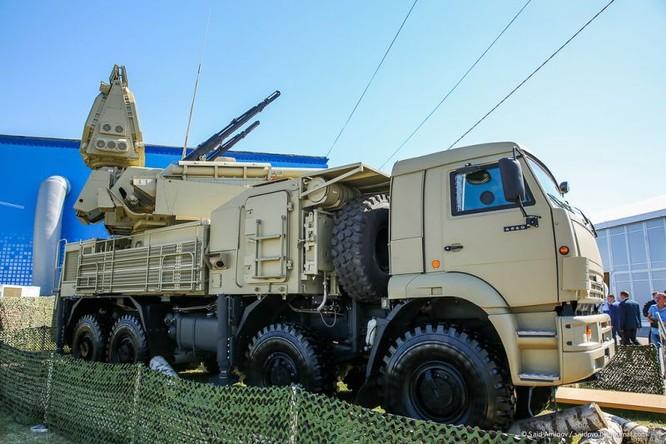 Choáng ngợp vũ khí phòng không khủng mới trình làng tại MAXS-2015 ảnh 43