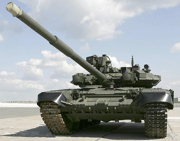 T-90 thử nghiệm thực tế chiến đấu trong sa mạc ảnh 8