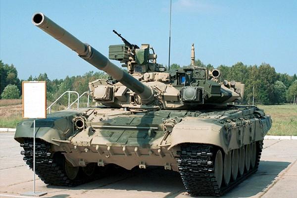 T-90 thử nghiệm thực tế chiến đấu trong sa mạc ảnh 11