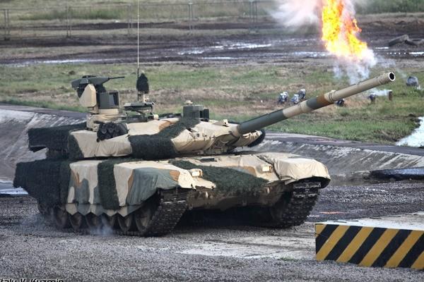 T-90 thử nghiệm thực tế chiến đấu trong sa mạc ảnh 14