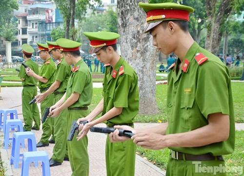 Xem chiến sĩ cảnh sát tập luyện với súng ngắn hiện đại - ảnh 7