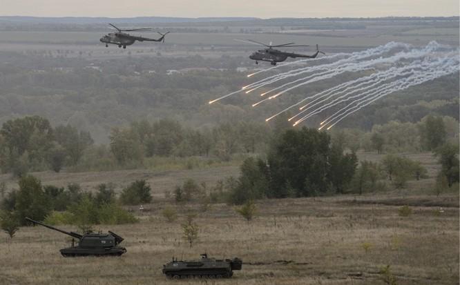 Hệ thống vũ khí tham gia cuộc tập trận lớn nhất năm của Nga ảnh 5