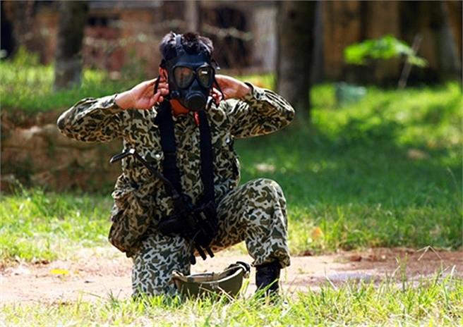 Lính đặc công luyện tập tác chiến chống khủng bố ảnh 3