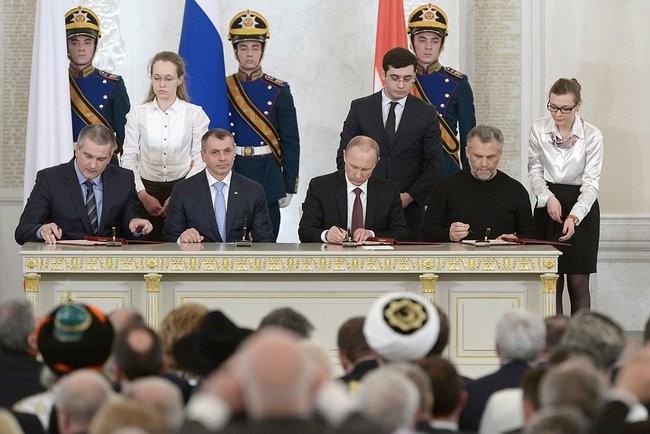 Ông Putin khiến phương Tây liên tục bối rối, kinh ngạc ảnh 2