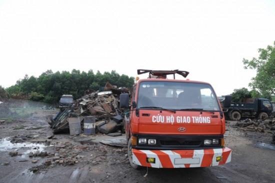 """""""Nghĩa địa xe ô tô"""" của những tỷ phú ở Bắc Giang ảnh 2"""