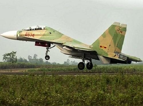 """Venezuela """"lột xác"""" cho không quân với Su-30MK2 từ Nga ảnh 1"""