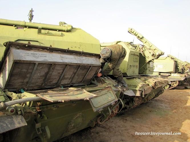 Đột nhập ngày kỹ thuật lữ đoàn bộ binh cơ giới số 20 Nga ảnh 8