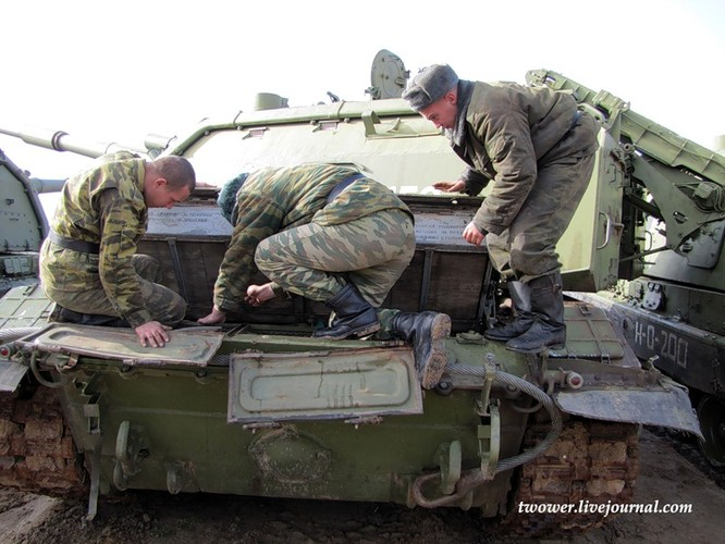 Đột nhập ngày kỹ thuật lữ đoàn bộ binh cơ giới số 20 Nga ảnh 9