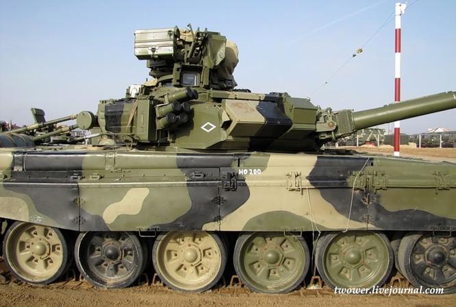 Đột nhập ngày kỹ thuật lữ đoàn bộ binh cơ giới số 20 Nga ảnh 39