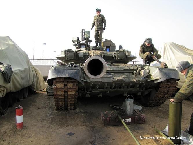 Đột nhập ngày kỹ thuật lữ đoàn bộ binh cơ giới số 20 Nga ảnh 50
