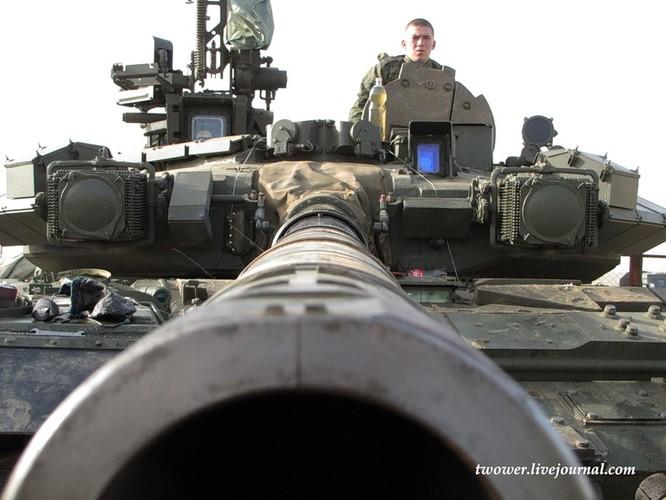 Đột nhập ngày kỹ thuật lữ đoàn bộ binh cơ giới số 20 Nga ảnh 52