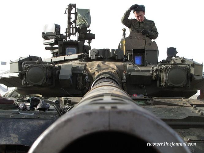 Đột nhập ngày kỹ thuật lữ đoàn bộ binh cơ giới số 20 Nga ảnh 53