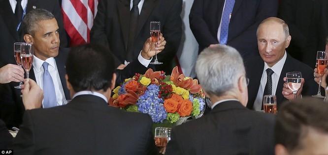 """Putin """"đấu súng"""" với Obama tại Liên Hiệp Quốc ảnh 5"""