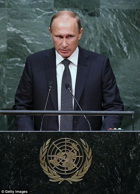 Nhưng Tổng thống Putin cũng có lý lẽ rất thuyết phục đi kèm hành động trên thực địa, đẩy phương Tây về thế đã rồi