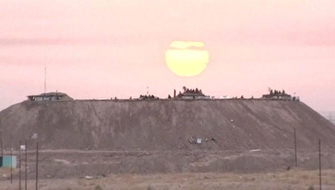 """Chiến tích đầu tiên của """"Thú mỏ vịt"""" Su-34 tại chiến trường Syria ảnh 1"""