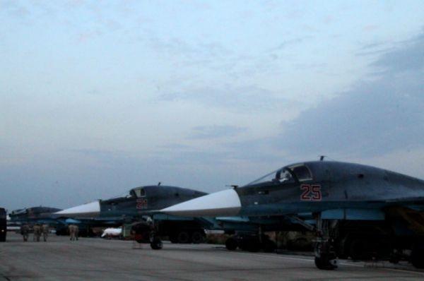 Không quân Nga tiếp tục dội lửa vào khủng bố ở Syria ảnh 3